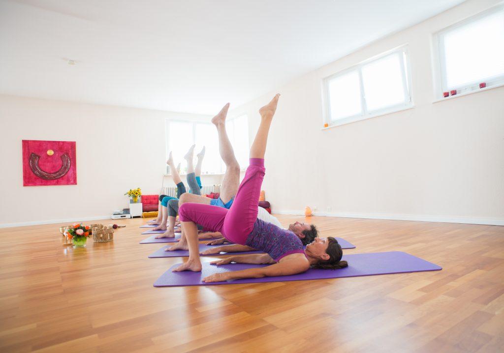 Bild: Verena Näpflin derraum Yoga Horw Yogastellung
