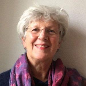 Das-Team-Barbara-Schmidt-Oesch-Portrait-02-600x600px
